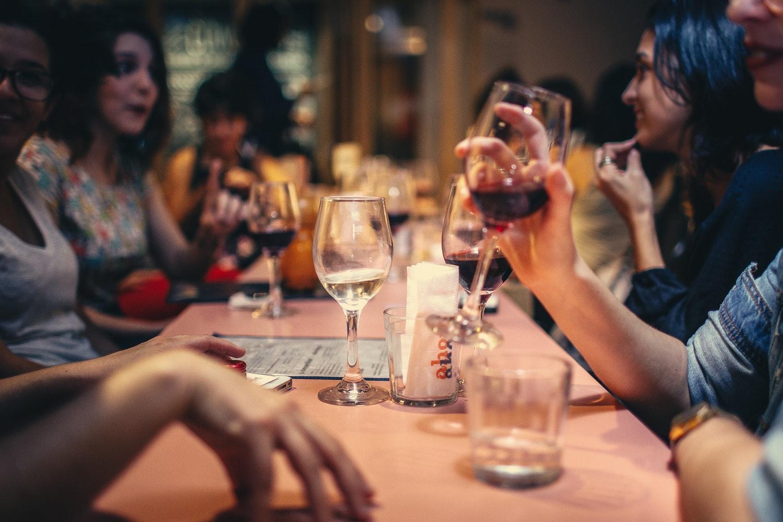 Restaurants are Loud. SoundPrint Helps